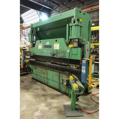 CINCINNATI 135CB HYDRAULIC PRESS BRAKE