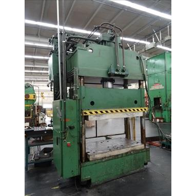ST. LAWRENCE 300 TON 4-POST HYDRAULIC PRESS