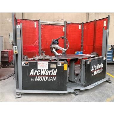 MOTOMAN UP6 ROBOTIC WELDING CELL