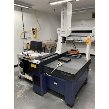 MITUTOYO CRYSTA APEX S574 CNC COORDINATE MEASURING MACHINE