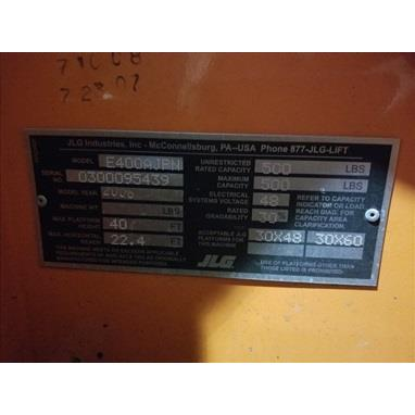 JLG E400AJPN 500 LB. ELECTRIC BOOM LIFT