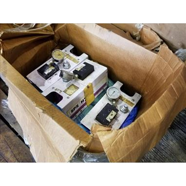 BOX OF SPX / HYTEC 1500 PSI PNEUMATIC / HYDRAULIC PUMPS