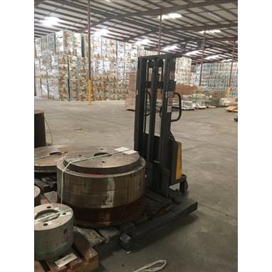 NORTHERN INDUSTRIAL TOOLS CTD10B ELECTRIC STACKER