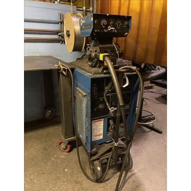 MILLER CP-300 WELDER W/ S-52E CONSTANT SPEED WIRE FEED